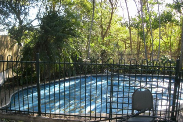 Resize of around pool b41